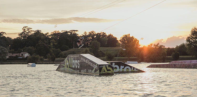 Maryh Rougier - Wakeboard - After Essentials